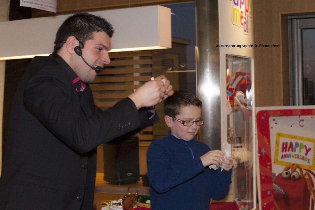 Spectacle de magie - magicien enfants - spectacle McDo - Magie Magicien -1